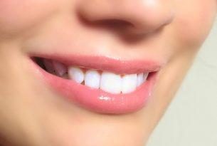 เปลี่ยนปากดำเป็นปากชมพู ด้วยวิธี 9 สูตรธรรมชาติ