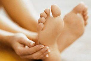 ปัญหาเท้าเหม็นแก้ปัญหาอย่างไร
