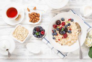 ข้าวโอ๊ต อาหารเช้าตัวช่วยดีๆ สำหรับคนรักสุขภาพ